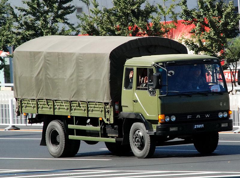 Tài xế xe tải có trách nhiệm giao hàng đúng hẹn và nguyên vẹn